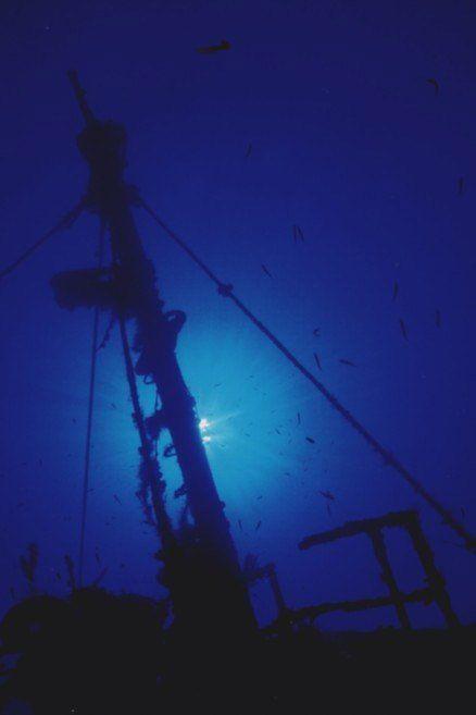 Wreck Dive - Sonaisali Island Resort - Fiji