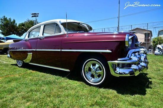 Plum colored Classic #ferrari vs lamborghini #customized cars #celebritys sport cars #sport cars #luxury sports cars