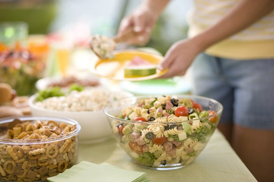 Tips for Preparing Picnic and Potluck Dishes