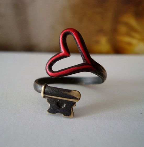 red heart. vintage key ring.