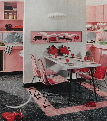 Completely love!!! #vintage #1950s #1960s #midcentury #kitchen #decor #pink