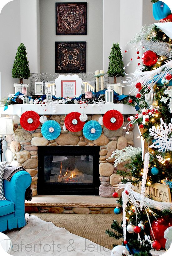 Turquoise and Red Christmas Party Mantel ?