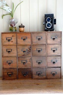 Vintage Style Wood Organizer Drawer (16 drawers)