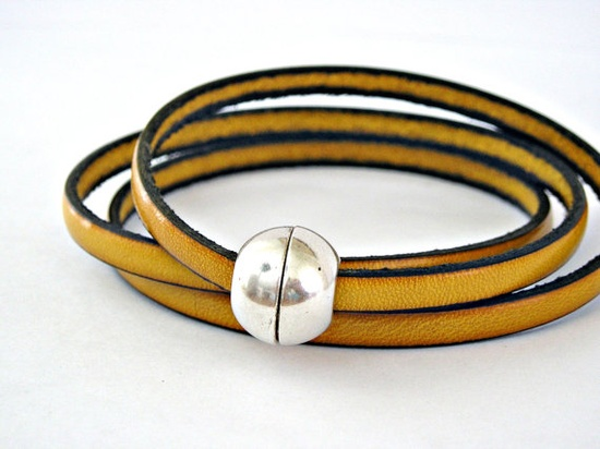 Mustard triple wrapped leather bracelet with sphere magnetic clasp @Lb Toyos