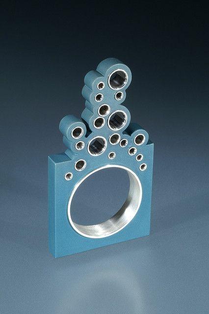 Bubble ring (aluminum, sterling silver) - Jon M Ryan (1st place, rings category, Jewelry Artist Magazine 2008 Jewelry Arts Awards)