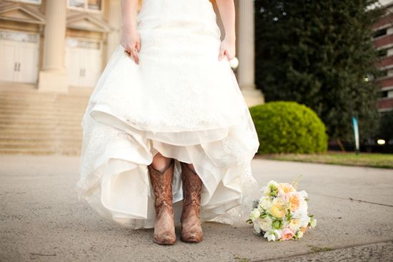 southern weddings cowboy boots