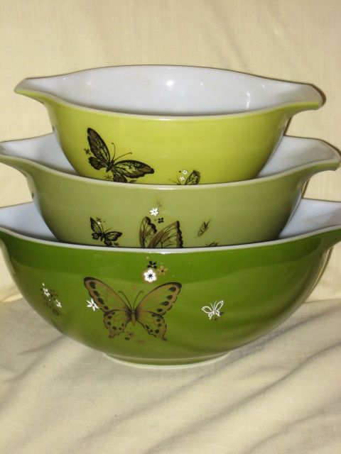 Butterfly Pyrex. I've NEVER seen this pattern!