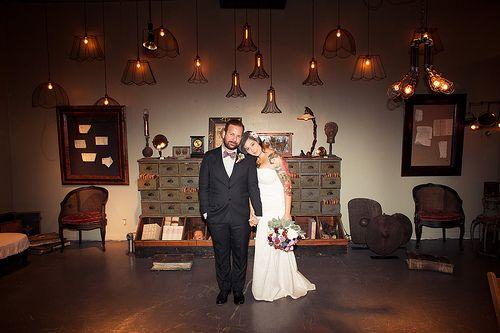Reminder: art galleries make freaking AMAZING wedding venues!