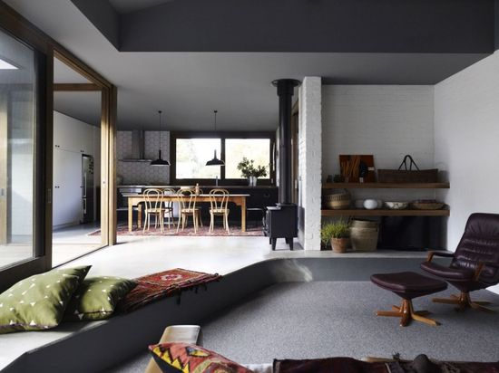 Merricks Beach House / Kennedy Nolan Architects