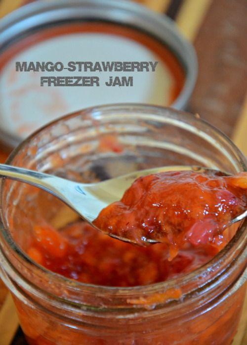 mango-strawberry freezer jam, www.mountainmamac...