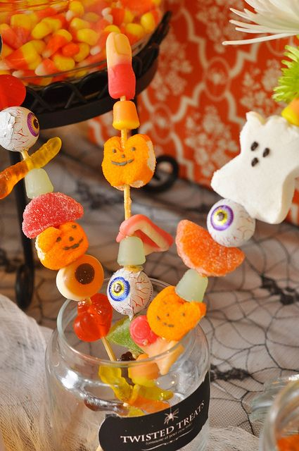 Halloween Candy Skewers - perfect for your next Halloween party