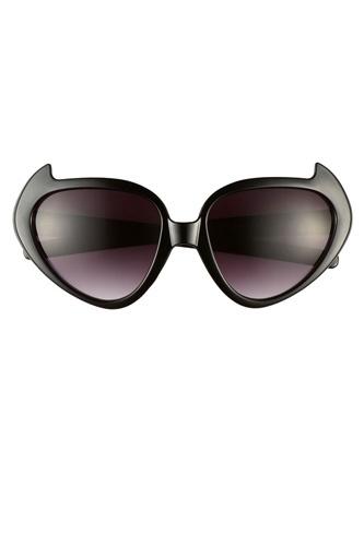 Kitty sunglasses!
