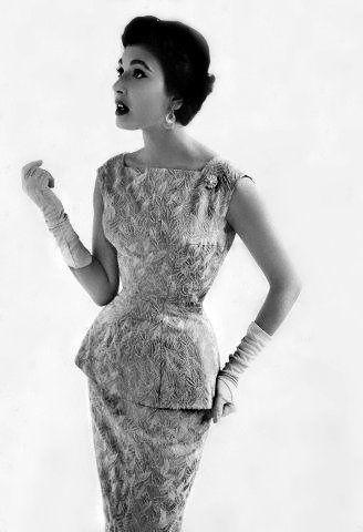1950s fashion!!  Love