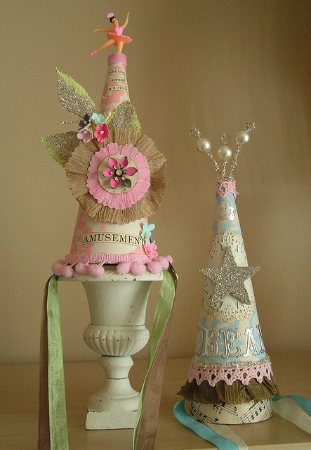 cute party hats to make...