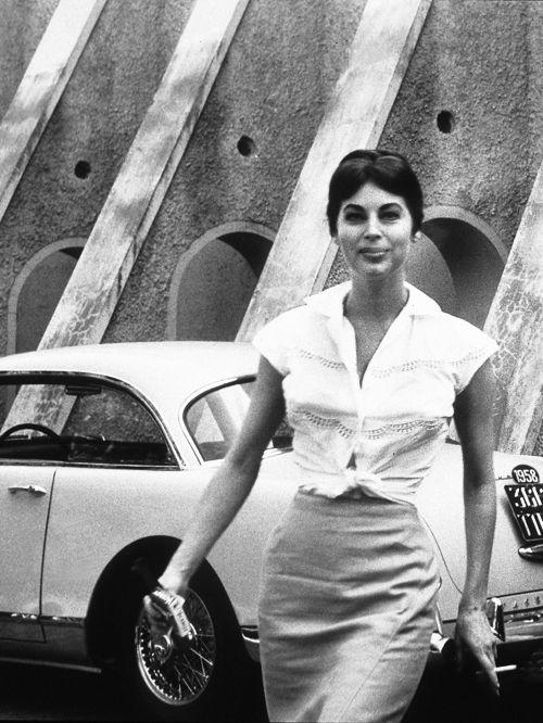 Ava Gardner and her 1958 Facel Vega sports
