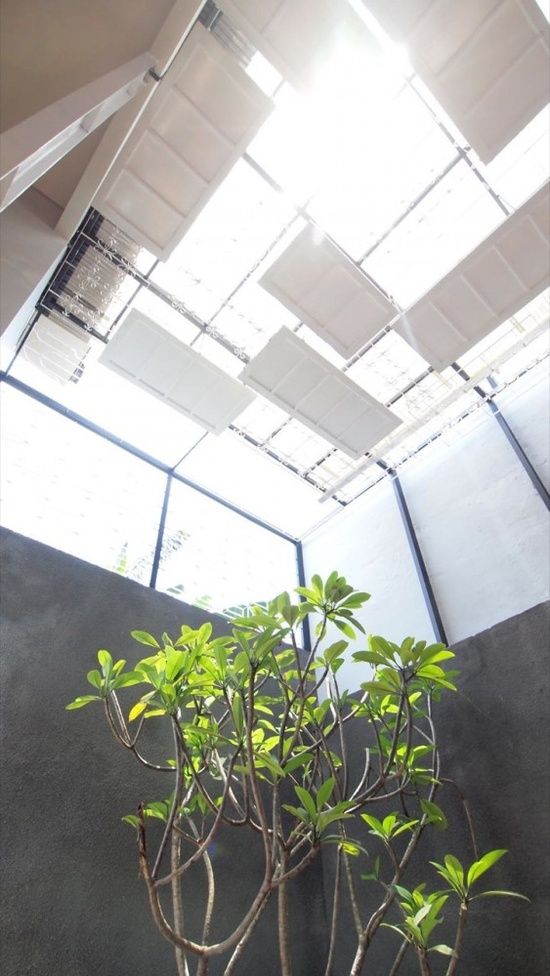Cage House / Parametr Architecture
