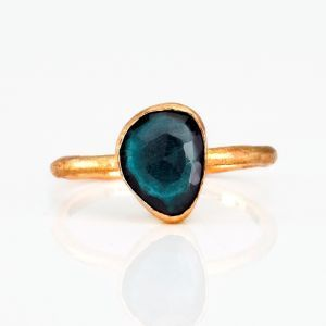 beautiful ring - want.