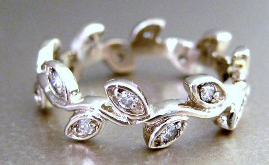 vine ring with diamonds