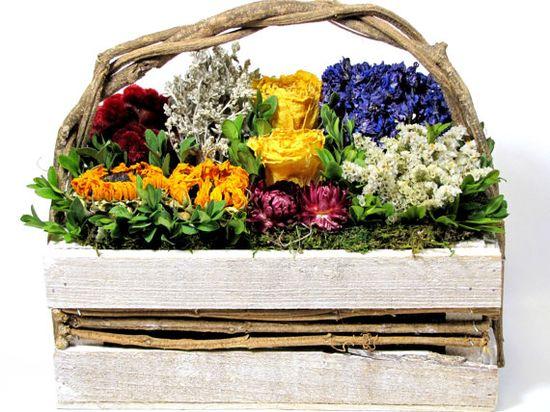Marketbasket Dried Floral Arrangement      #driedfloralarrangement  #arrangements  #flowers