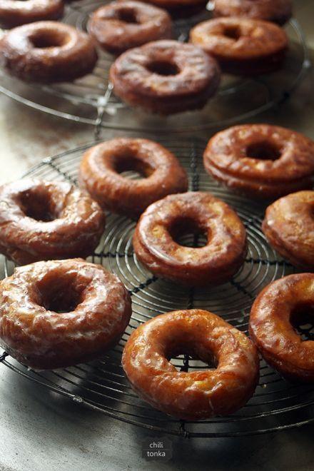 pumpkin donuts with buttermilk glaze #foodie