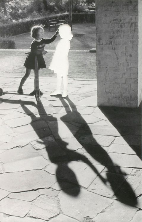 Hans-Peter Feldmann - Two Girls with Shadow