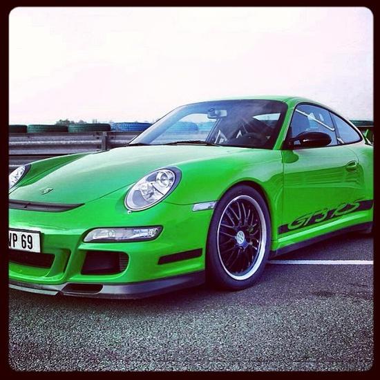 Shreks sports car! Porsche GT3 RS