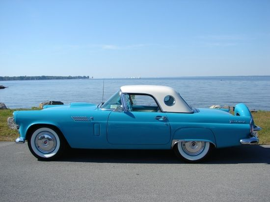 1956 T-Bird. Yes Please.