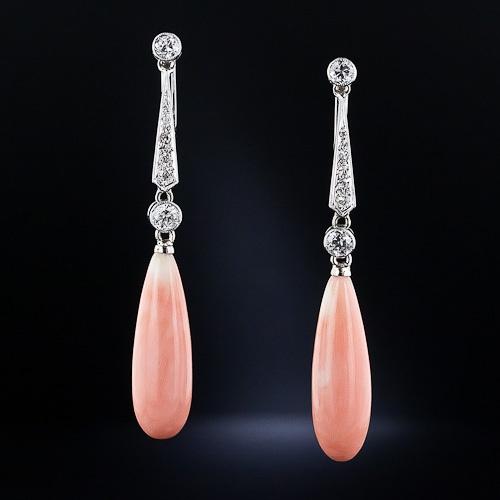 Pendientes raros y originales, hechos a mano en Platino, Coral y Diamantes - Estilo Art Deco de los años 1920 apróx.