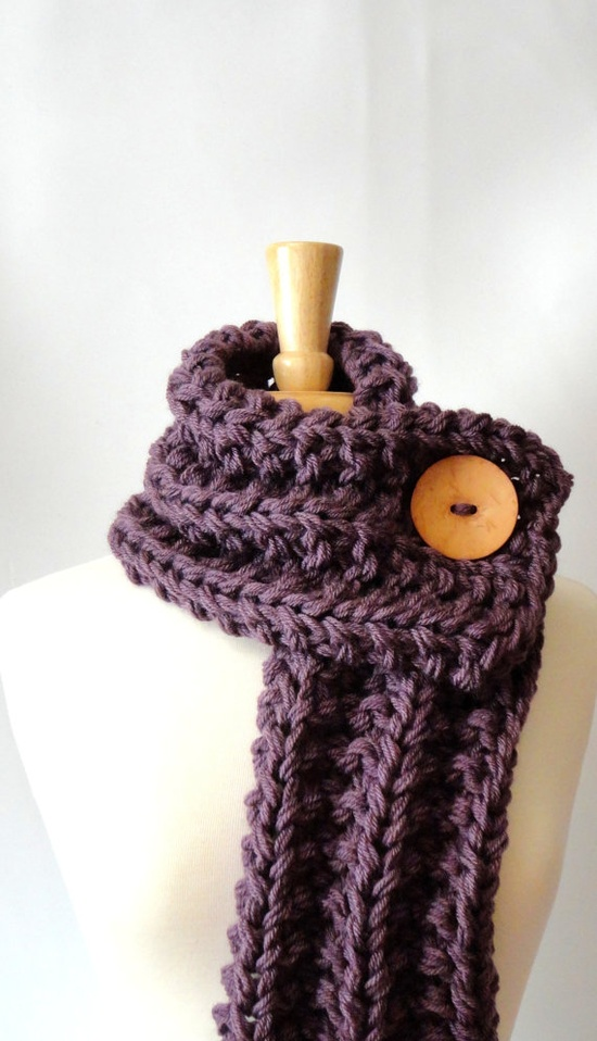 scarf with big button