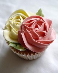 Roses' Cupcake