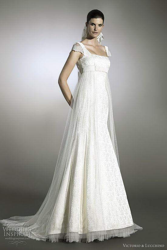 Buzuk empire gown.