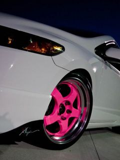 I love these     Pink Car Rims !!!!!