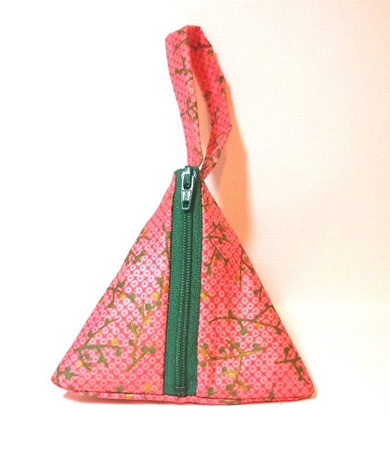 Small Pyramid Pouch Small Change Purse Small by handjstarcreations, $10.00