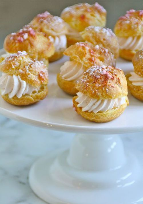cream puffs with strawberry cream