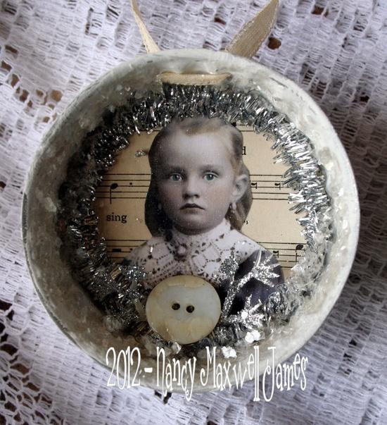 Christmas Shimmer Vintage Mold Ornament