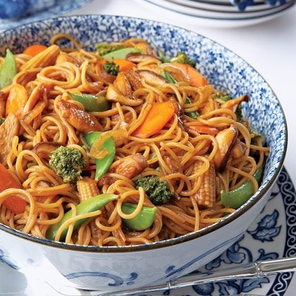 Chicken Lo Mein recipe. Replace veggies with bag of frozen stir fry veggies for an easier/faster /cheaper alternative. Sounds good!