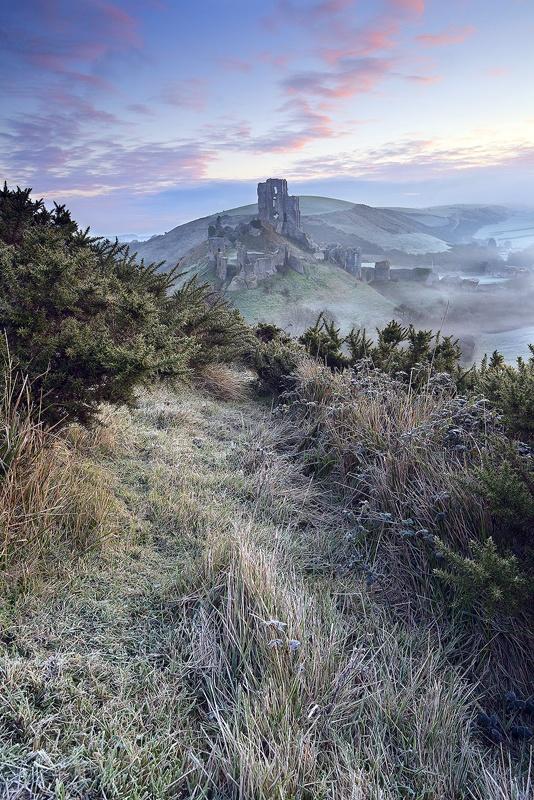 §§§ . Corfe Castle