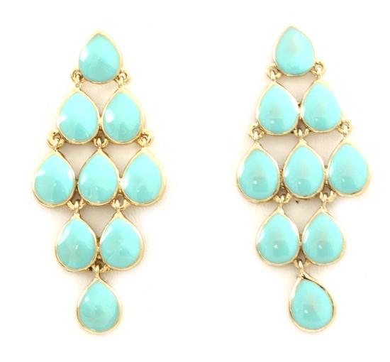 Chandelier earrings in mint