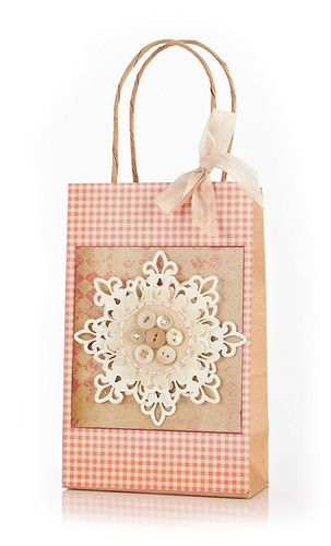 Such a wonderfully pretty country chic inspired snowflake gift bag. #bag #Christmas #presents #wrap #wrapping #scrapbooking #handmade #shabby #chic #country #rustic