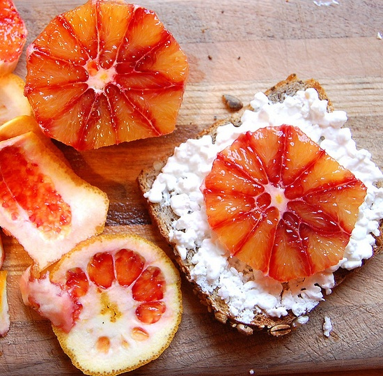 grapefruit & cottage cheese on toast