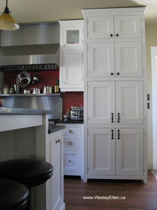 Traditional White Kitchen Designs