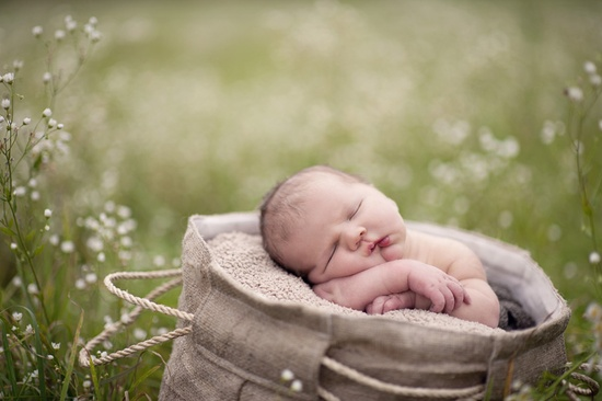 #outdoor, #newborn, #photography