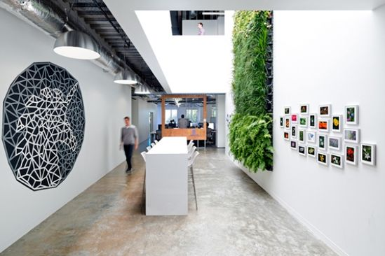 We Like It: Facebooks Ingeniously Artsy Offices