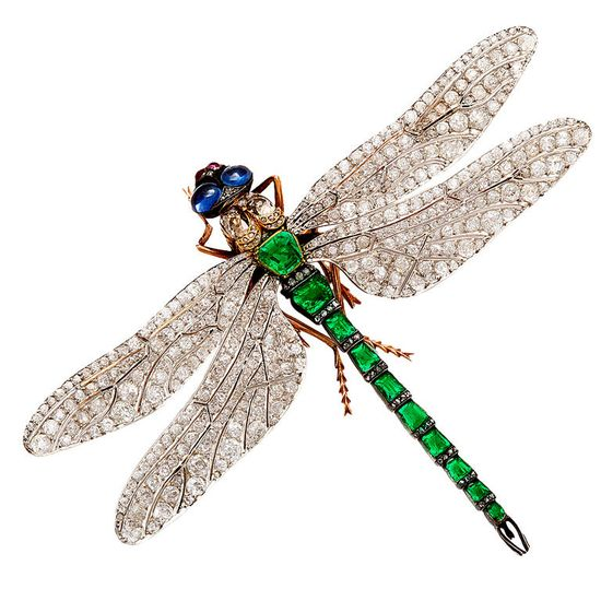 Rare French Diamond Emerald Dragonfly Pin Attributed to Fouquet