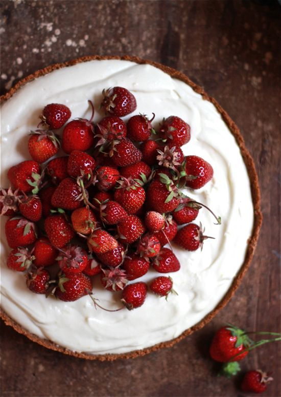 .strawberries and cream tart