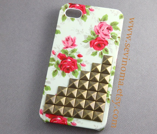 iPhone 4 Case, iPhone 4s Case omg omg want this so bad