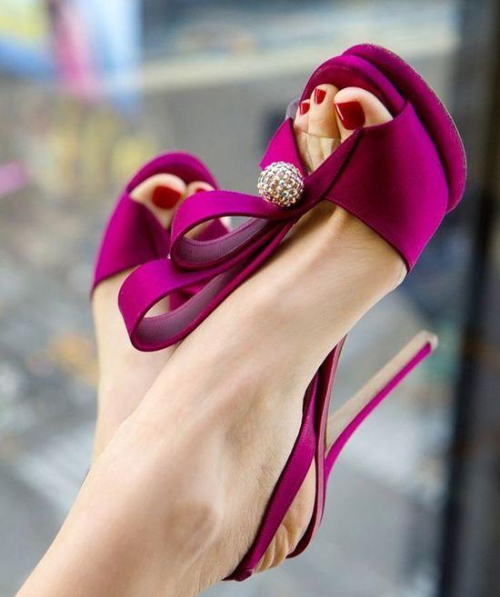 We LOVE these stunning #Harmonie #heels!