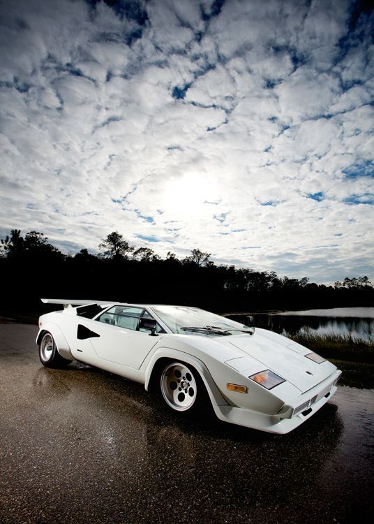 #Lamborghin Countach 5000S QV one of my boyhood dream #sport cars #luxury sports cars #celebritys sport cars
