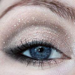 beautifully deep glittery eyes !!