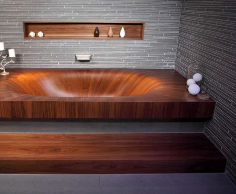 wooden bathtub. amazing.